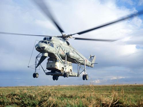 MI-10 Soviet transport helicopter. Photo by Mikhail Kukhtarev, 1980