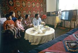 School teacher Akdodkhon Muradaliev with his family. Photo by Vsevolod Tarasevich,  Gorno-Badakhshan Autonomous Region, Tajik SSR, 1982