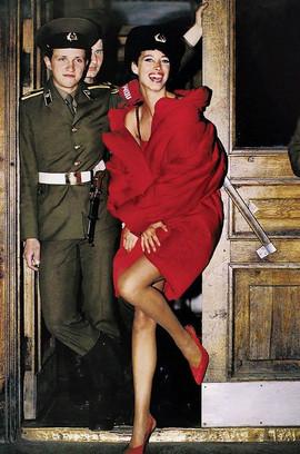 Christy Turlington in Leningrad, USSR, 1990 Photo by Arthur Elgort for Vogue magazine