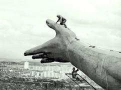"""Construction of """"The Motherland calls"""" statue, Volgograd, USSR, 1959-1967"""
