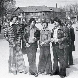 Soviet suburban fashion, 1970s