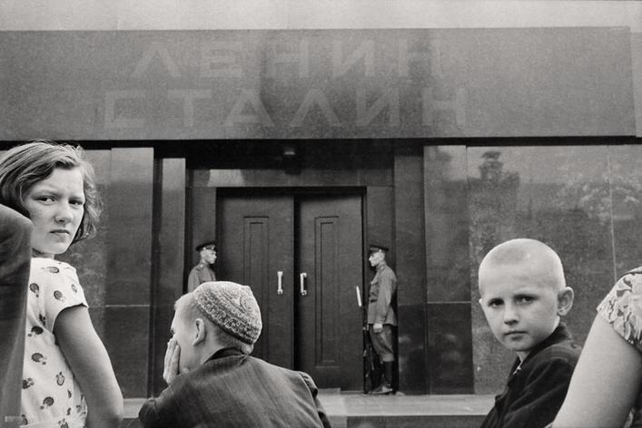Lenin&Stalin mausoleum. Photo by Léonard Gianadda, USSR, 1957