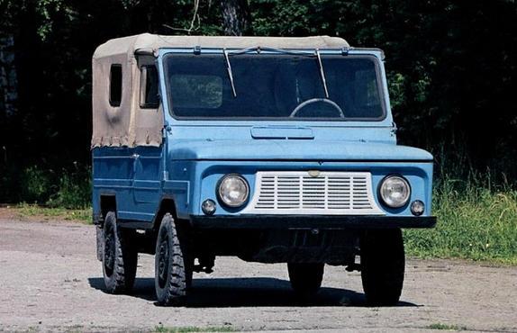 LUAZ-969M Soviet four-wheel drive car, 1978