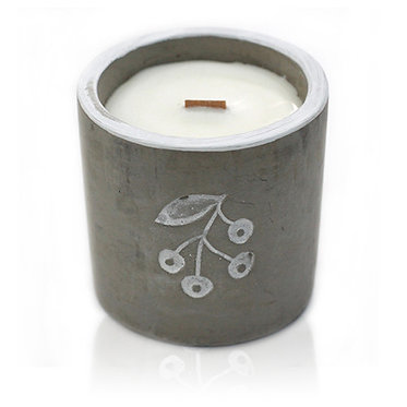 gin berry and juniper candle
