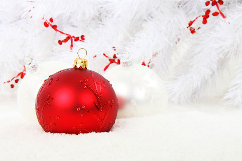 christmas-bauble red.jpg