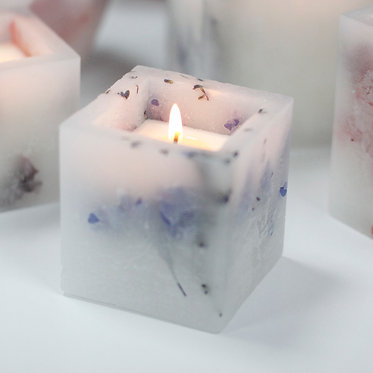 lavender fields candle