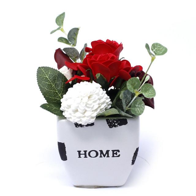 Rich Reds - petite flower pot 1