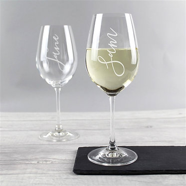 name engraved wine glass