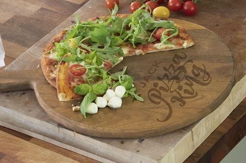 Pizza King - Personalised - Oak Pizza Board