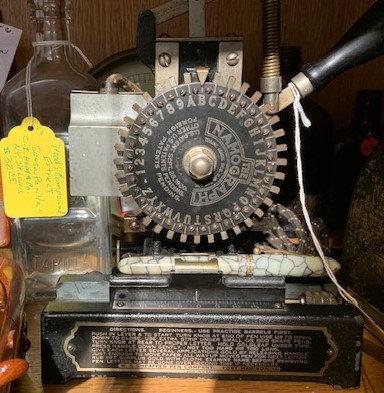Antique Pen Engraver