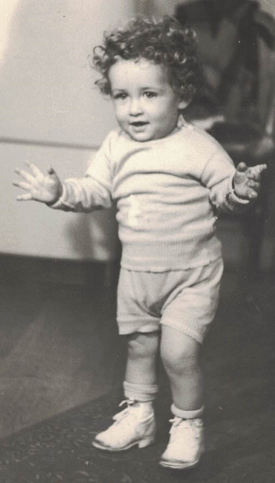Baby Jackie first steps about 10 months