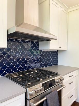 Cobalt Blue and White Kitchen. Interior design by Dawn Crovo.