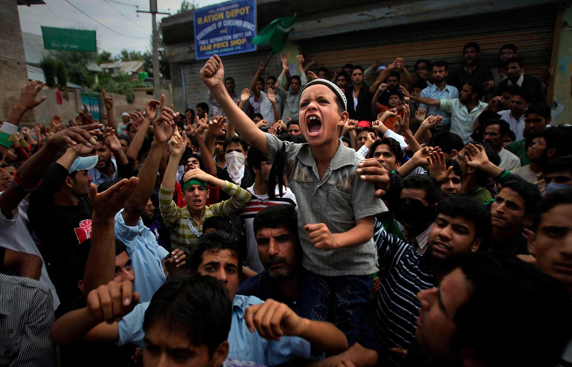 Kashmir - Paradise Lost