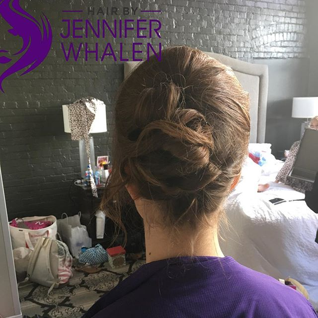 Updo done by Jennifer Whalen #metairiestylist #nolastylist #updos #nolaweddings