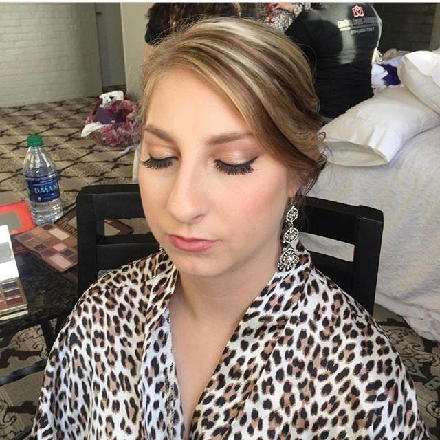 Hair _ Done by _messypantz504  Makeup_ done by _hairandmakeupby_cat  #nolawedding #bridalmakeup #new