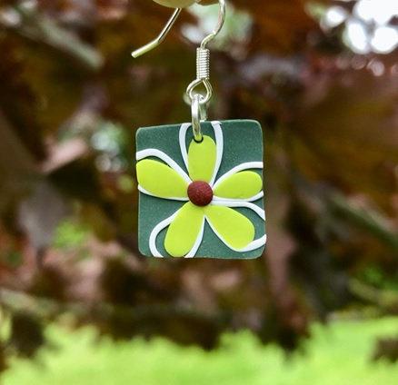 Wonky Daisy - Square Dangling Earrings