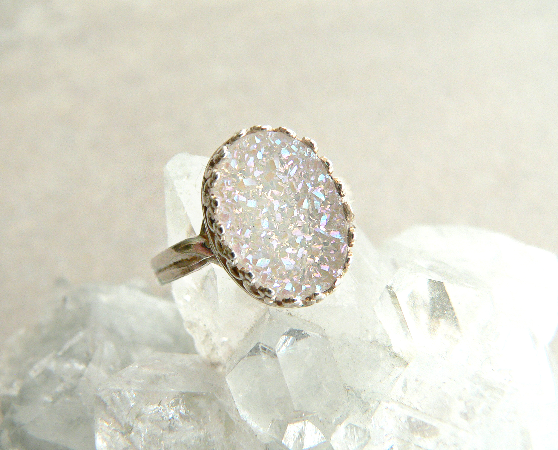 WHITE RAINBOW AURA DRUZY RING