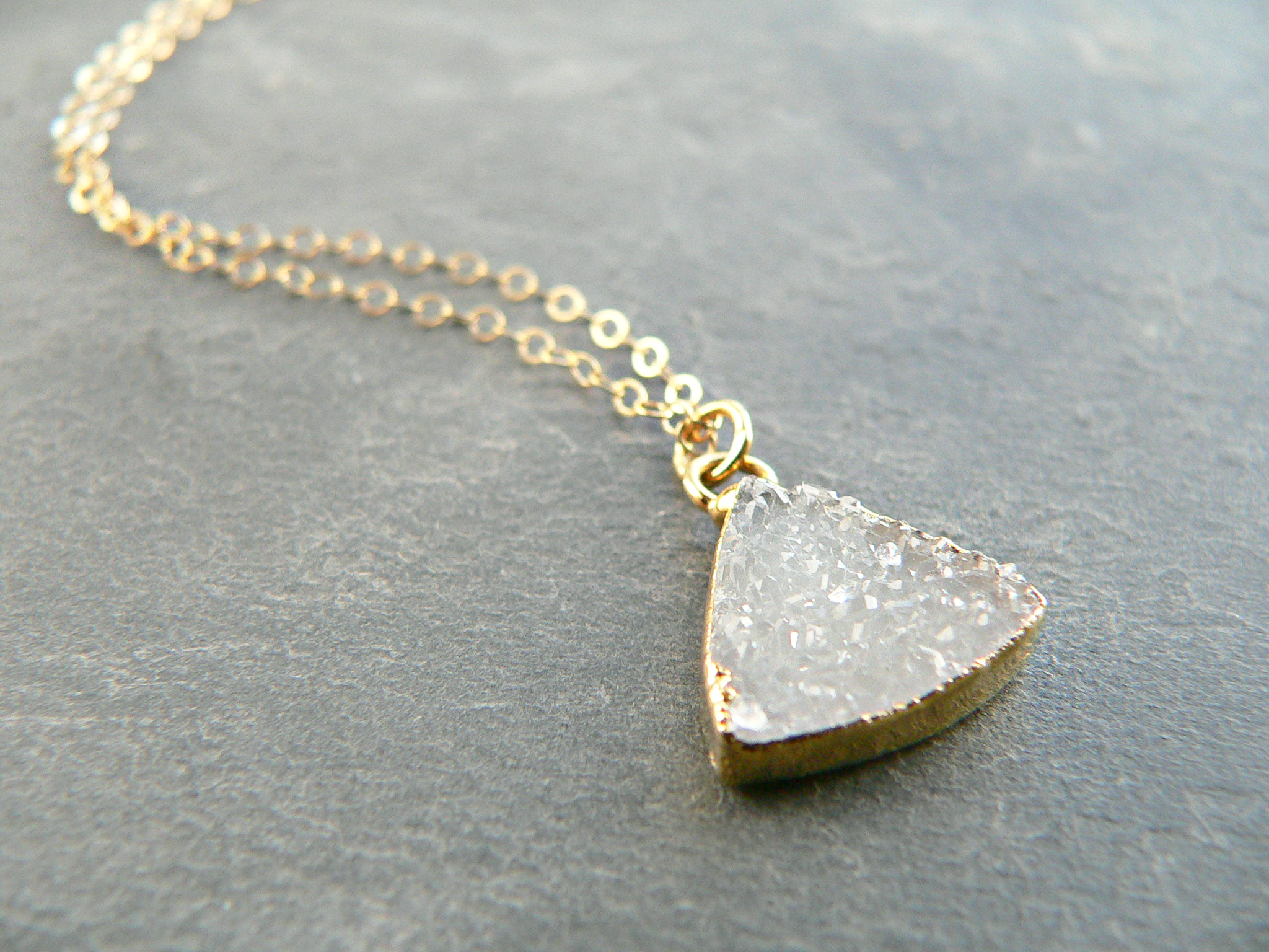 MINI DRUZY TRIANGLE NECKLACE