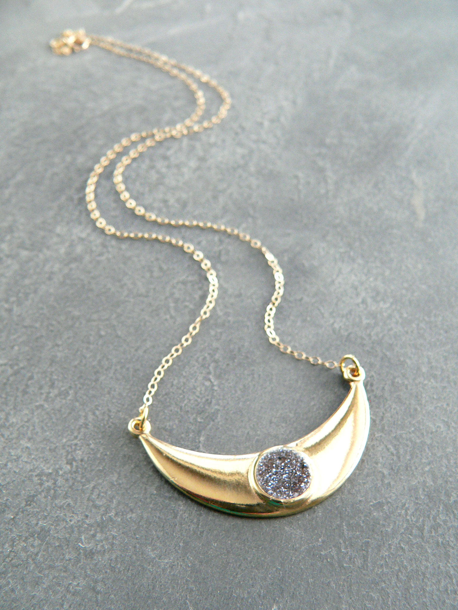 MOON GODDESS DRUZY NECKLACE