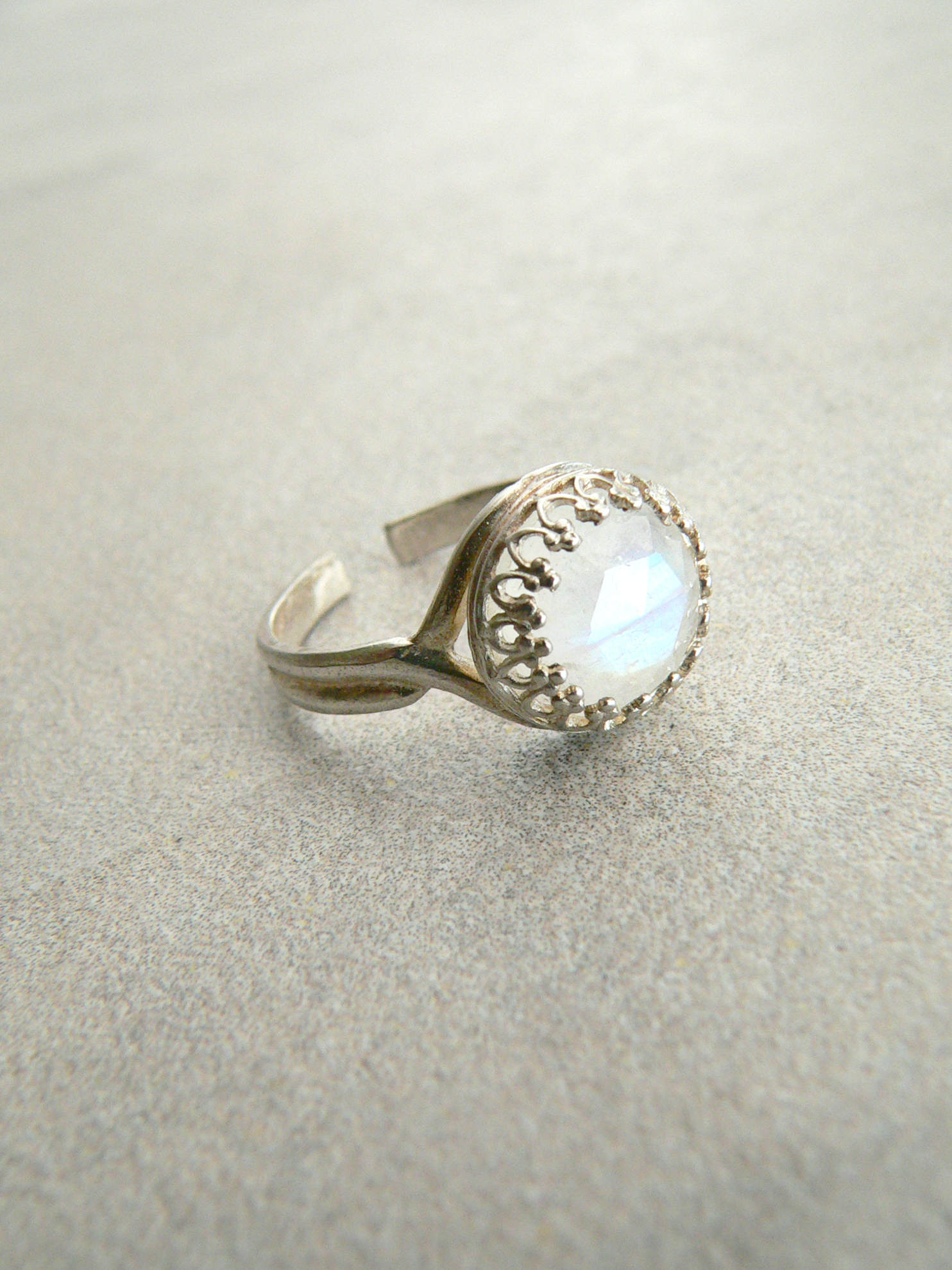 RAINBOW MOONSTONE ADJUSTABLE RING