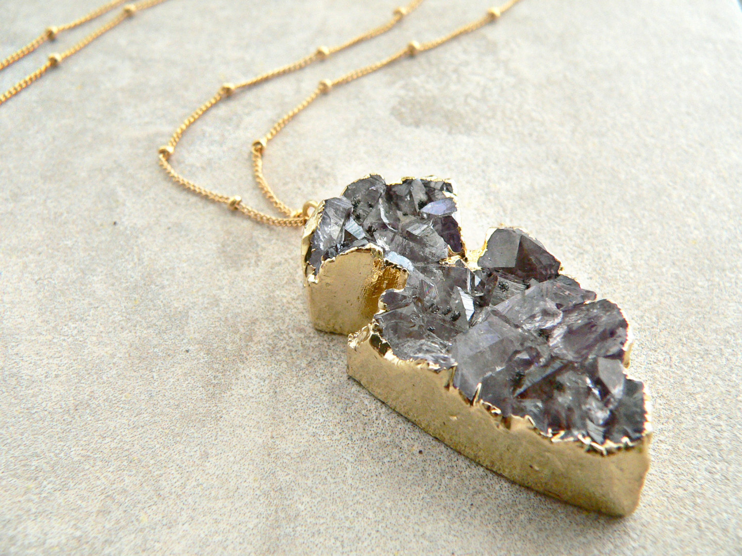 AMYTHYST ARROWHEAD NECKLACE