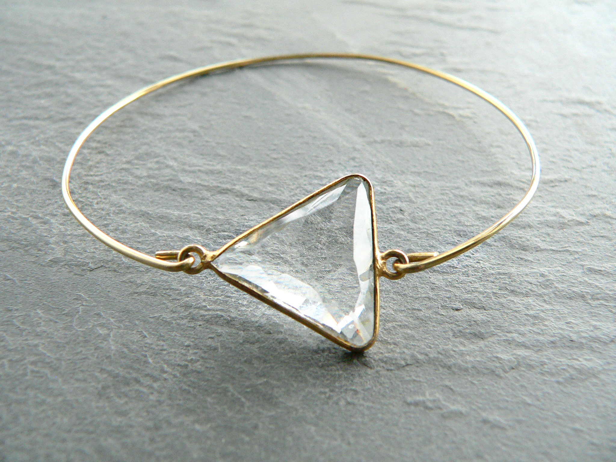 QUARTZ CRYSTAL TRIANGLE BRACELET