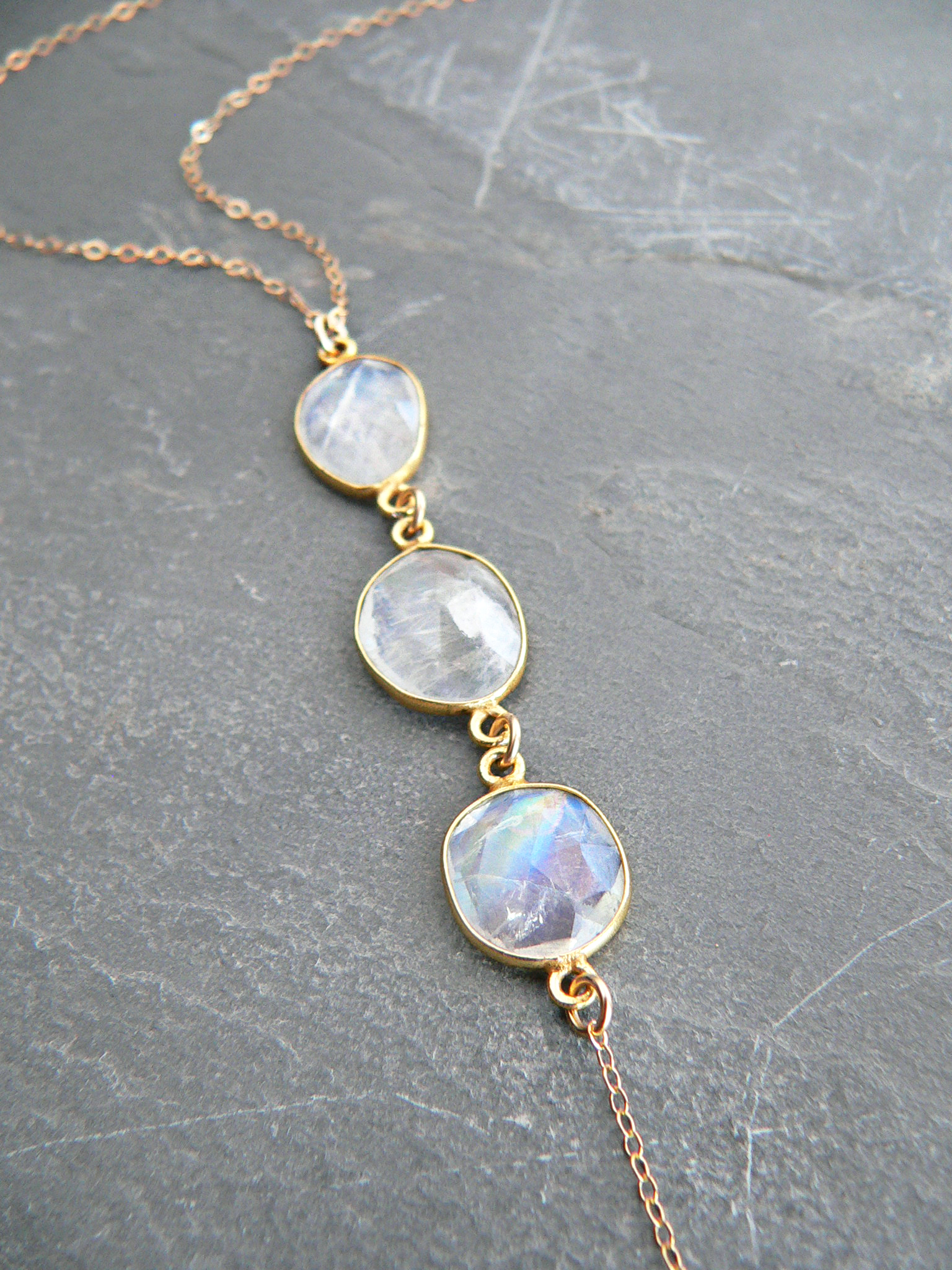 RAINBOW MOONSTONE TRIO NECKLACE