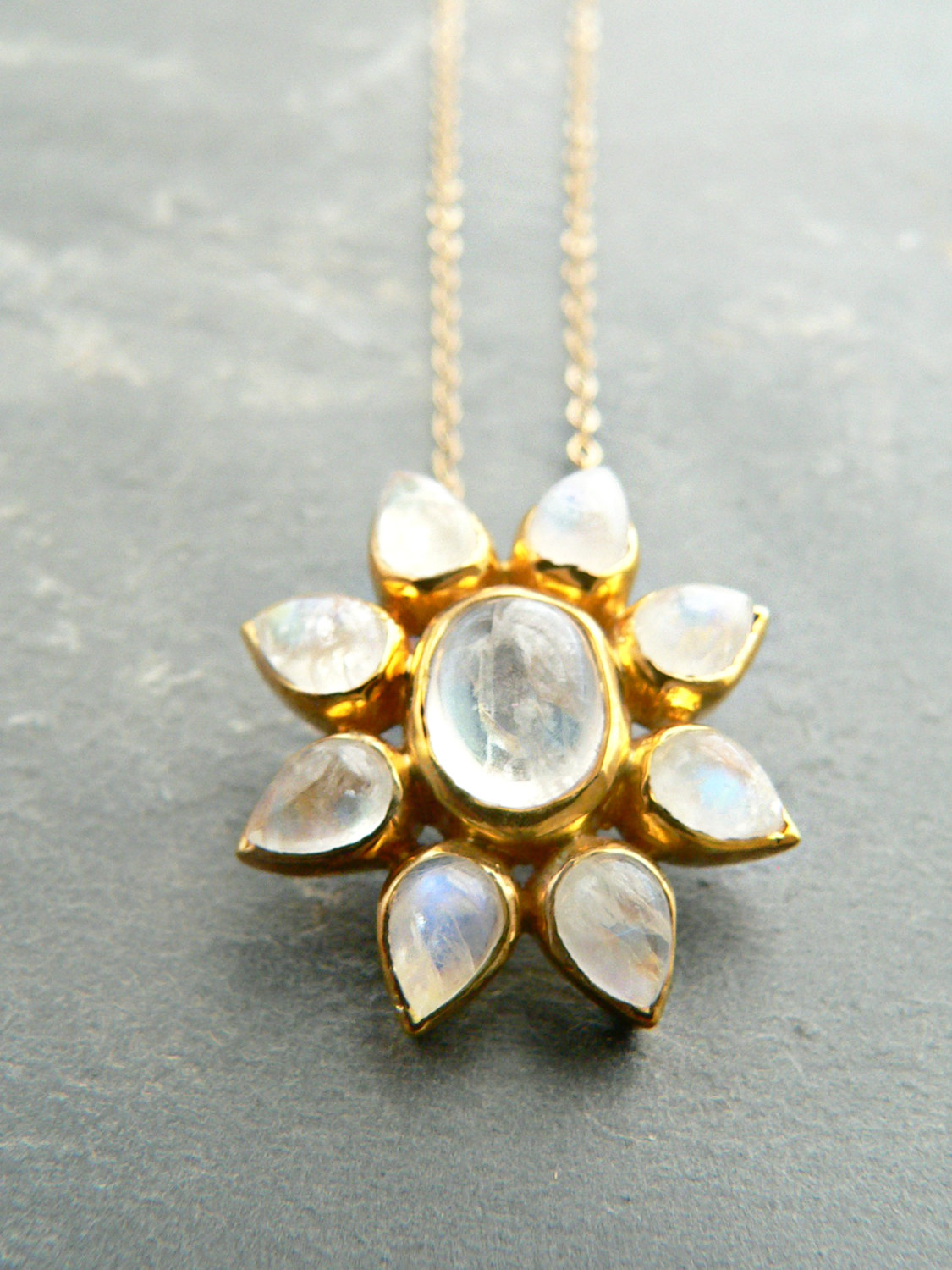 RAINBOW MOONSTONE FLOWER NECKLACE