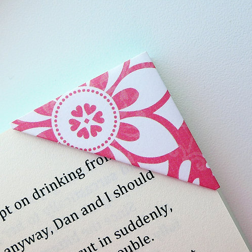 Lovely Floral Pattern Bookmark