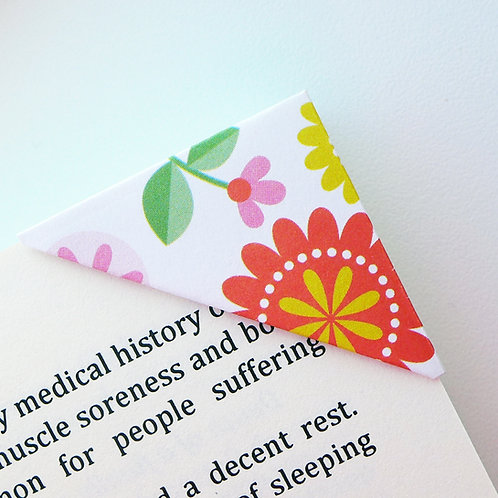 Bloomy In Summer Bookmark