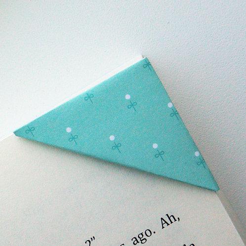 Little Flower Bud Bookmark (2 colors)