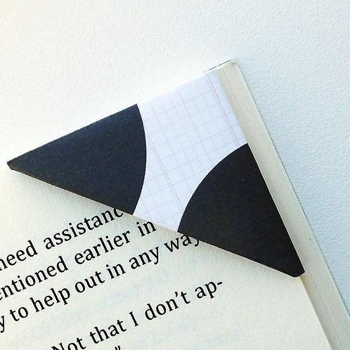Half Circle Black On White Bookmark