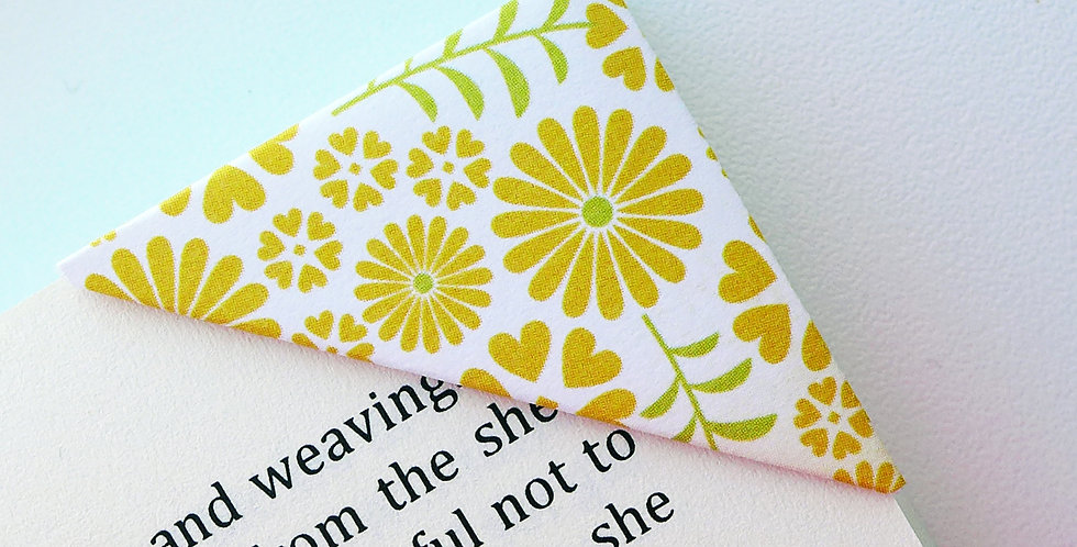Lovely Flowers With Heartshape Bookmark