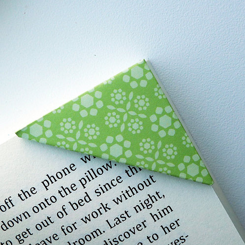 Crystalline Pattern In Green Bookmark