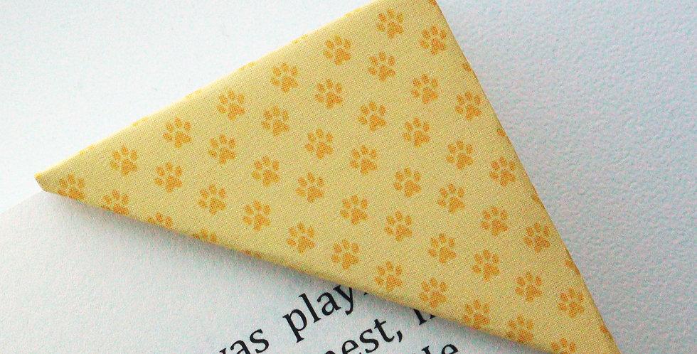 Tiny Pet Pawn Bookmark (2 colors)
