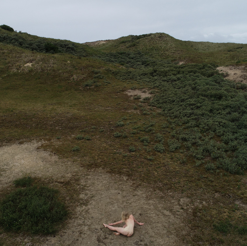 Claire: ballet on the dunes