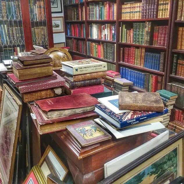 Lyrical Ballard Bookstore, Capitol-Saratoga