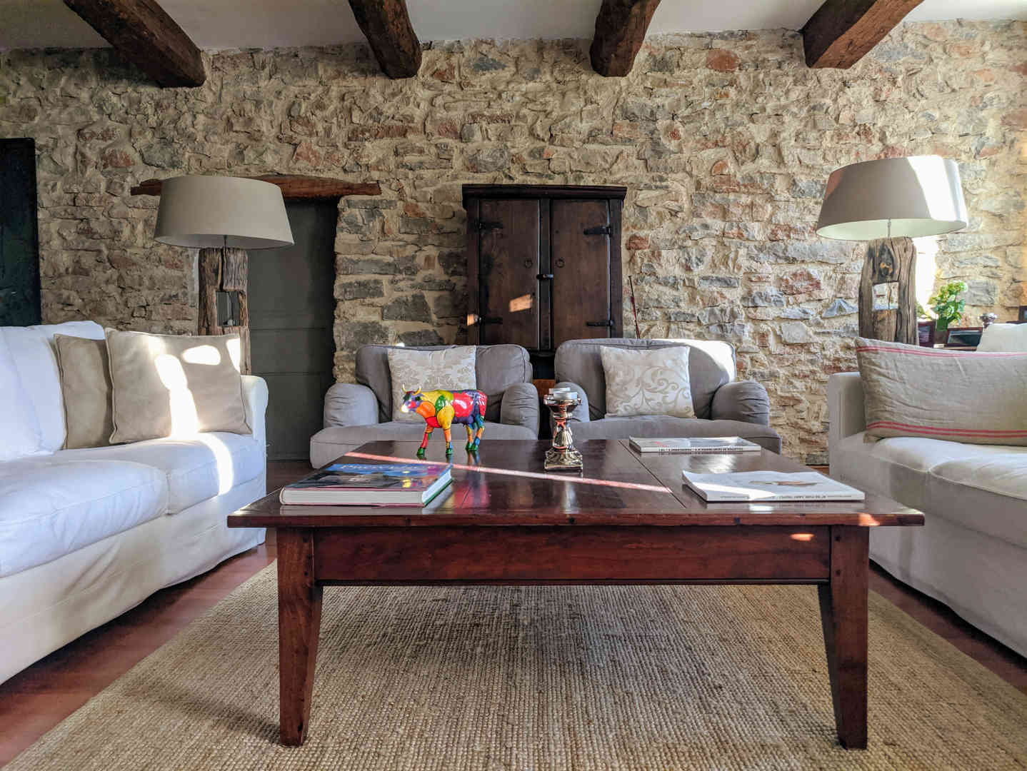 1. Living room - 1.jpg