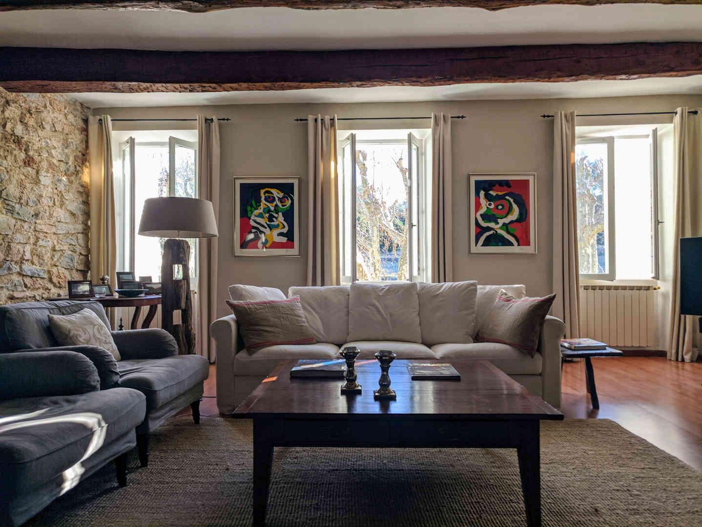1. Living room - 3.jpg