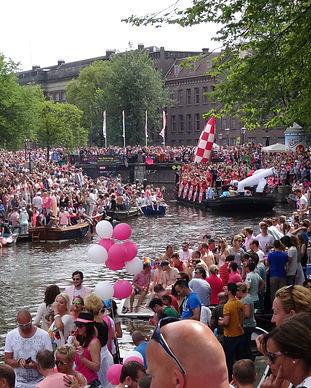 Amsterdam_Gay_Pride.jpg