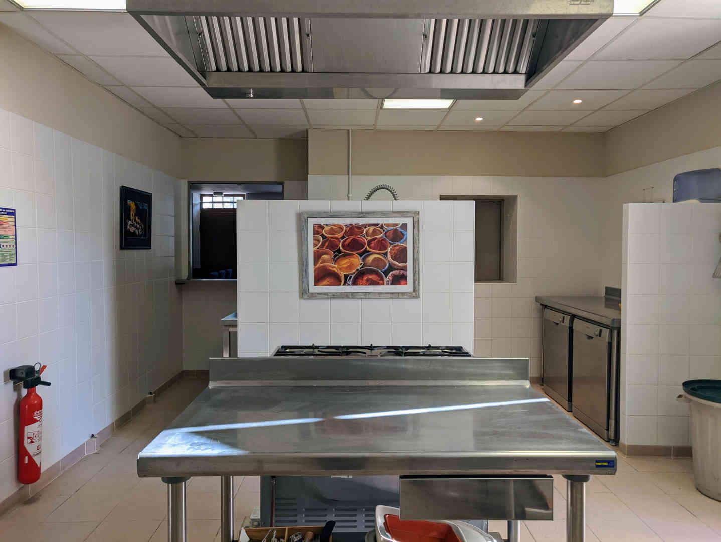 1. Kitchen 0 - general 2.jpg