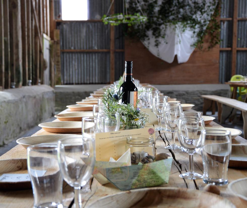 Landarthochzeit Table Set