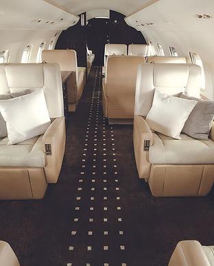 Bombardier-Challenger850-VistaJet_interi