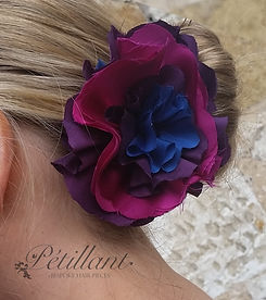 Large pink tones flower clip
