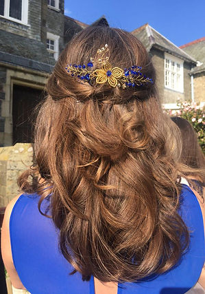 gold and blue swarovski crystal bridesmail comb by Pétillant