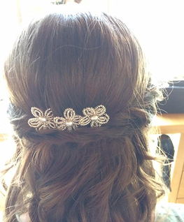 Bead flower and pearl bridal pins