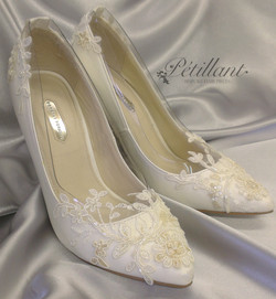 Ivory wedding shoes with lace