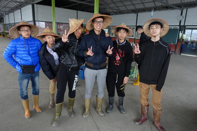 參觀農莊及體驗耕作-1.JPG