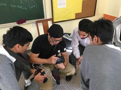 職業中文課程包括無酒精飲品調配、健身和攝影等,教授學生相關的職業用語
