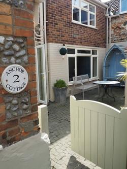Entrance & Courtyard